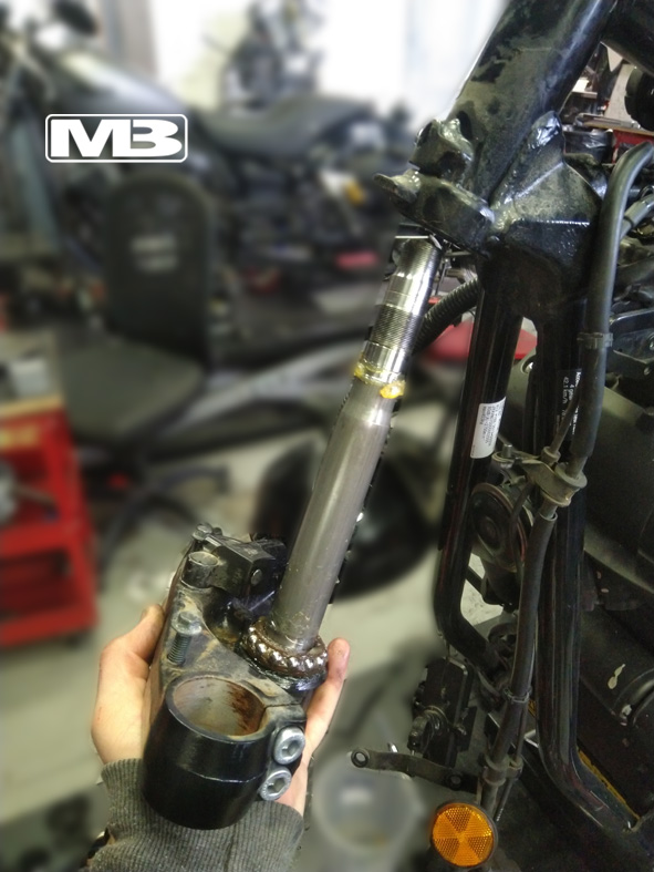 steering stem out
